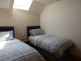 Spring Garden Cottage - South Wales - 945899 - thumbnail photo 9