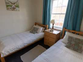 Apartment 1 Sneaton Hall - Whitby & North Yorkshire - 947678 - thumbnail photo 5