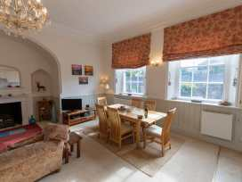 Apartment 1 Sneaton Hall - Whitby & North Yorkshire - 947678 - thumbnail photo 2