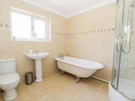 Orchard Cottage - North Wales - 948025 - thumbnail photo 12