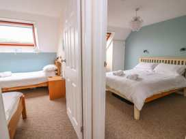 Oak Tree Cottage - South Wales - 949665 - thumbnail photo 18