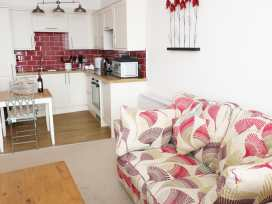 1 Beachtop Court - South Wales - 949826 - thumbnail photo 3