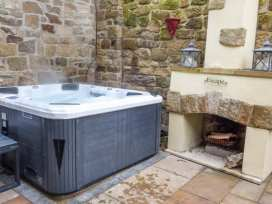 Escape Hot Tub House - Northumberland - 953194 - thumbnail photo 3
