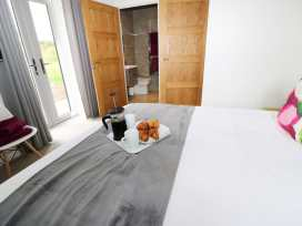Lily-pad Lodge - Lincolnshire - 954121 - thumbnail photo 12
