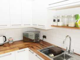 22 Trafalgar Crescent - Whitby & North Yorkshire - 954896 - thumbnail photo 7