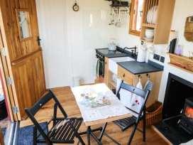 The Shire Hut - North Wales - 955259 - thumbnail photo 8