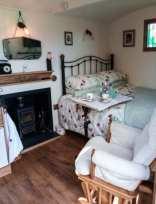 The Shire Hut - North Wales - 955259 - thumbnail photo 6