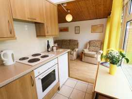 Chalet H1 - Cornwall - 955708 - thumbnail photo 2