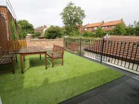 Sunshine Apartment - Whitby & North Yorkshire - 955737 - thumbnail photo 9