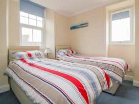 Yellow Sands Apartment 5 - Cornwall - 957904 - thumbnail photo 14