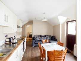 No 2 Bath Terrace - County Donegal - 957977 - thumbnail photo 3