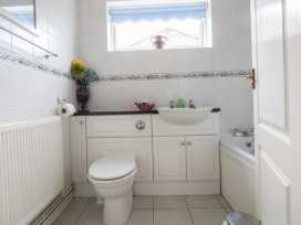 38 Merryfield Drive - Kent & Sussex - 958473 - thumbnail photo 9