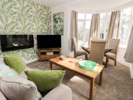 Apartment 1 - Whitby & North Yorkshire - 958912 - thumbnail photo 8