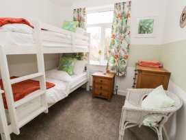 Apartment 1 - Whitby & North Yorkshire - 958912 - thumbnail photo 14