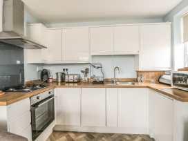 Apartment 2 - Whitby & North Yorkshire - 958913 - thumbnail photo 14