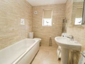 Apartment 2 - Whitby & North Yorkshire - 958913 - thumbnail photo 16
