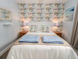 Apartment 2 - Whitby & North Yorkshire - 958913 - thumbnail photo 17