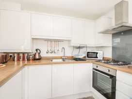 Apartment 3 - Whitby & North Yorkshire - 958918 - thumbnail photo 12