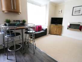 Flat 2 - Whitby & North Yorkshire - 960170 - thumbnail photo 4