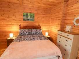 Sunset Lodge 6 - North Wales - 960367 - thumbnail photo 9
