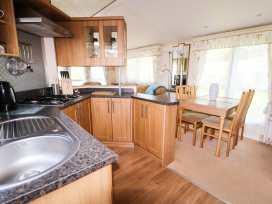Lodge - Anglesey - 960523 - thumbnail photo 6