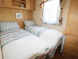 Lodge - Anglesey - 960523 - thumbnail photo 10