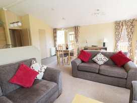 Lodge 403 - Anglesey - 960592 - thumbnail photo 2