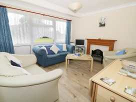 112 Beach Road Chalet Park - Norfolk - 960711 - thumbnail photo 3