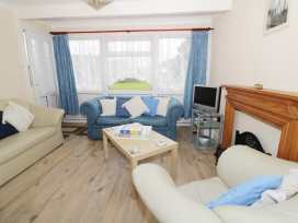 112 Beach Road Chalet Park - Norfolk - 960711 - thumbnail photo 4