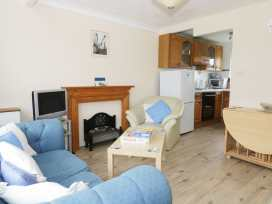 112 Beach Road Chalet Park - Norfolk - 960711 - thumbnail photo 2