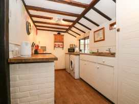 Swanfield Cottage - Kent & Sussex - 960930 - thumbnail photo 8