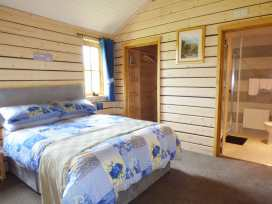 Caban Ceirw (Deer Cabin) - Mid Wales - 960935 - thumbnail photo 16