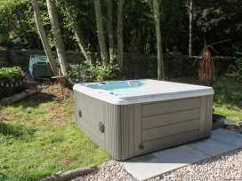 Dove Hot Tub Cottage - Scottish Lowlands - 961384 - thumbnail photo 3