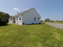 Garreg Eithin - Anglesey - 962142 - thumbnail photo 1