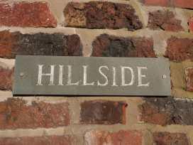 Hillside - North Wales - 962990 - thumbnail photo 2