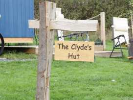 The Clydes - North Wales - 963409 - thumbnail photo 2