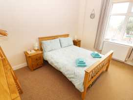 Flat 2, 4 St Edmund's Terrace - Norfolk - 963738 - thumbnail photo 4
