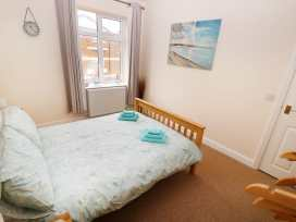 Flat 2, 4 St Edmund's Terrace - Norfolk - 963738 - thumbnail photo 5