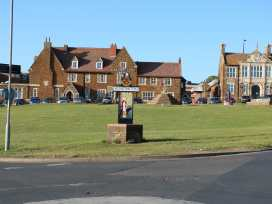 Flat 2, 4 St Edmund's Terrace - Norfolk - 963738 - thumbnail photo 18