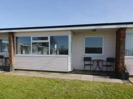 144 Sunbeach Chalet - Norfolk - 964315 - thumbnail photo 1