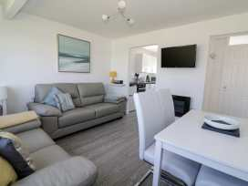 144 Sunbeach Chalet - Norfolk - 964315 - thumbnail photo 2