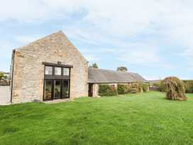 Lathkill Barn - Peak District - 965352 - thumbnail photo 2