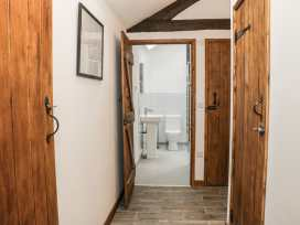 1 Beacon View Barn - Mid Wales - 965450 - thumbnail photo 10