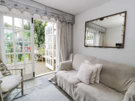 19A Kingshead Street - North Wales - 966971 - thumbnail photo 3