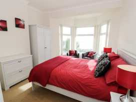 Apartment 3 Marian Y Mor - North Wales - 967080 - thumbnail photo 11