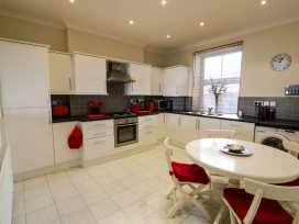Apartment 3 Marian Y Mor - North Wales - 967080 - thumbnail photo 12
