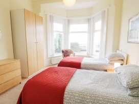 Apartment 1, 10 Marian y Mor - North Wales - 967864 - thumbnail photo 10