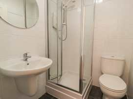 Apartment 1, 10 Marian y Mor - North Wales - 967864 - thumbnail photo 12