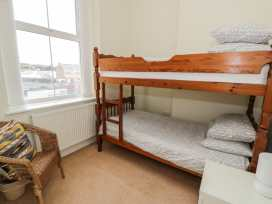 Apartment 1, 10 Marian y Mor - North Wales - 967864 - thumbnail photo 9