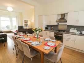 Apartment 1, 10 Marian y Mor - North Wales - 967864 - thumbnail photo 5